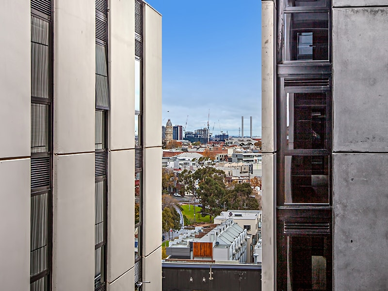 801/83 Flemington Road